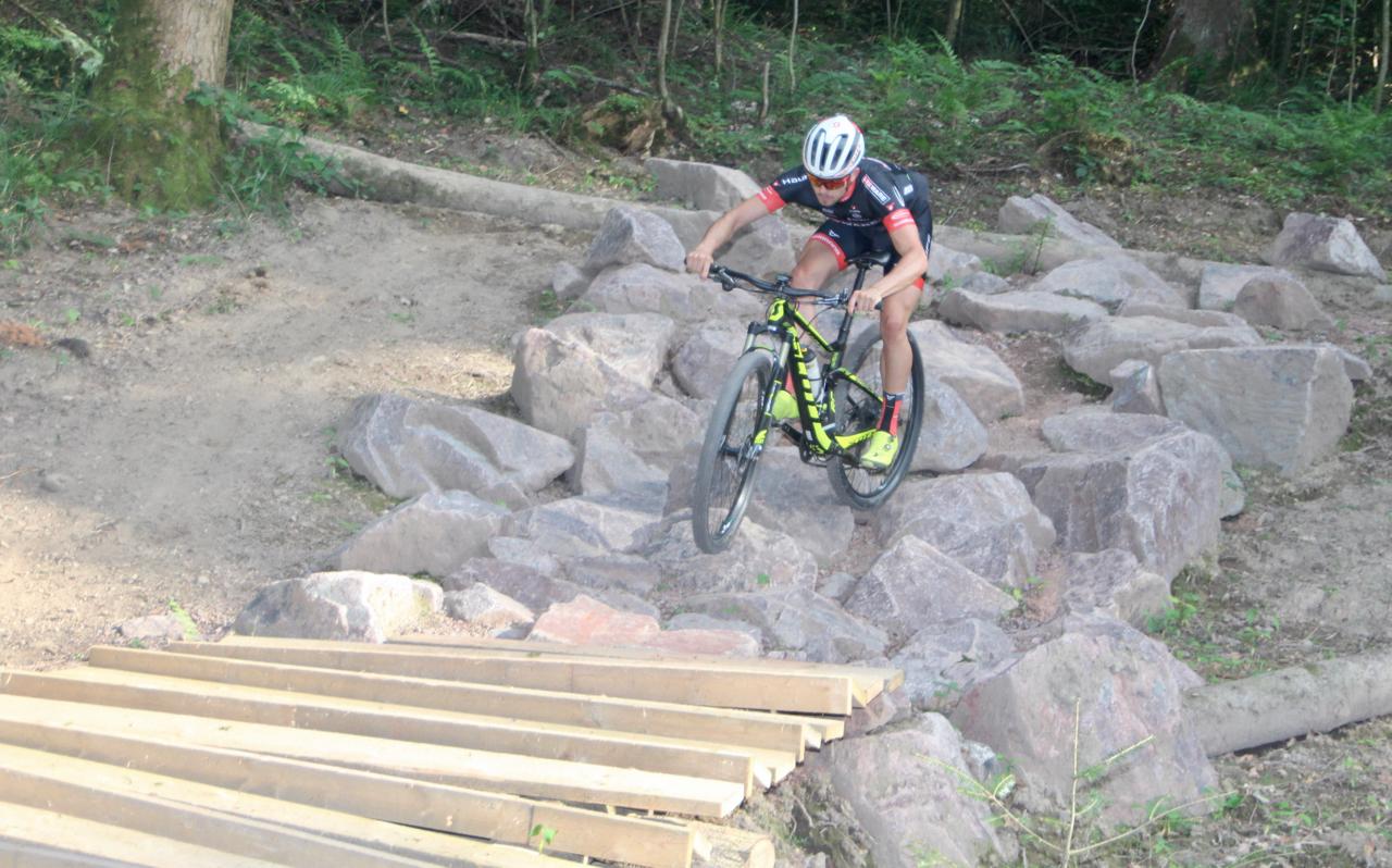 Hexenwald-Trailpark ab 11.05. wieder befahrbar – Baustelle Pumptrack