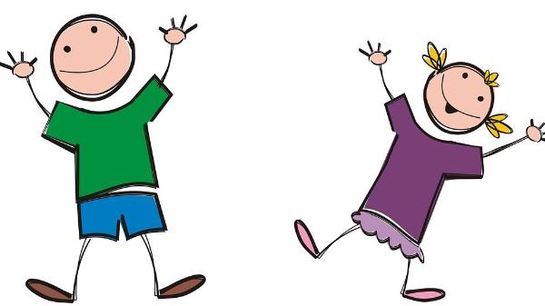 Outdoor-Kinderturnen und Tanzen